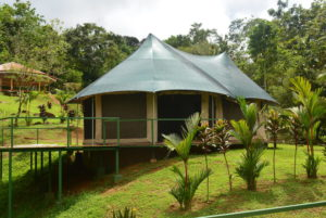 Manoas Luxury Camping